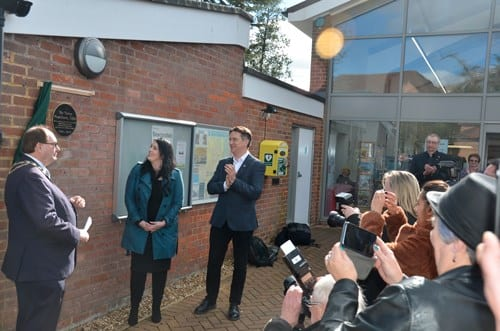 Mayor Patrick Hogan unveils the plaque with Rhianna Pratchett and Business Manager Rob Wilkins, in front of watching media and fans
