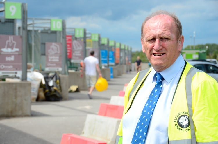 Bill Chapple, Cabinet Member for Planning and Environment, on a visit to a Buckinghamshire household recycling centre