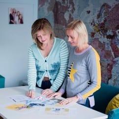Jo and Rachel choosing fabrics