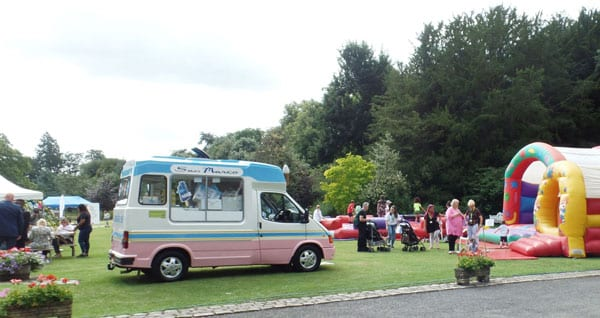 The children and families enjoying the activities and the sunshine. Images courtesy Buckinghamshire County Council.