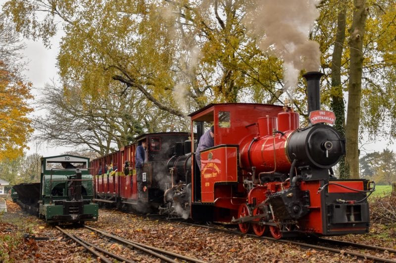 Hudswell Clarkes No.1238 & 1643 lead the members special – Joey Evans