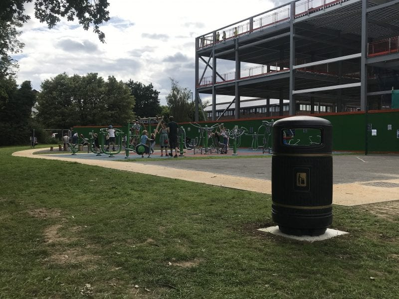 Additional litter bins installed across the King George V Playing Field.