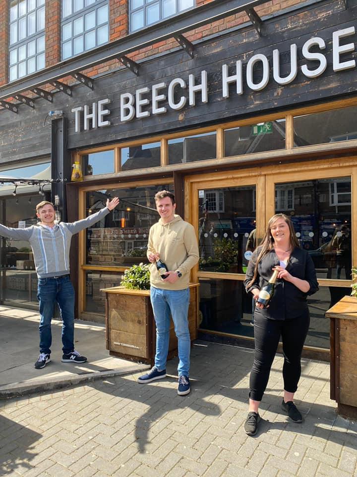 Beech House Amersham - GM Jamie Firminger, AMs George Muddiman & Rebecca Gilbert - copyright Oakman Group