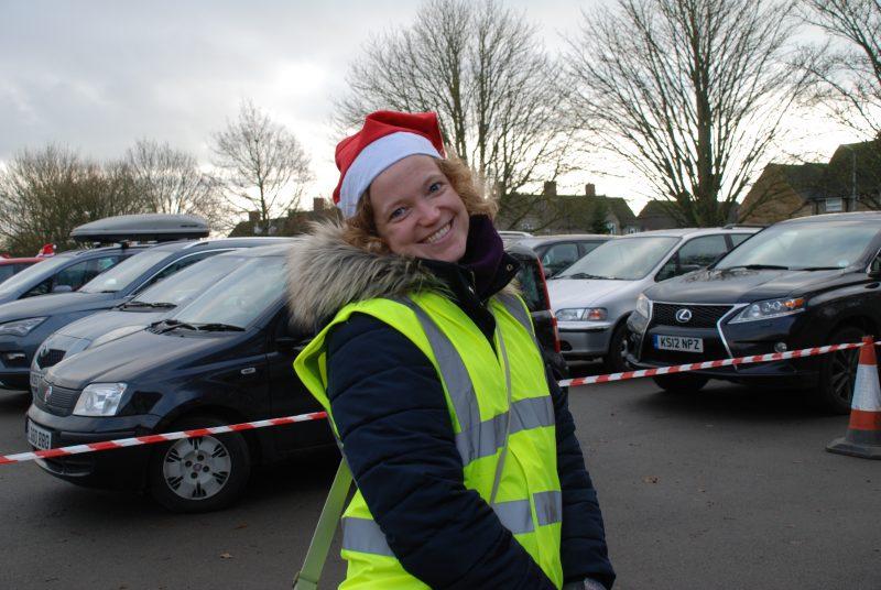 Santa Dash volunteer